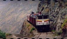 020. Ocho Viajes Fabulosos en Tren (SEP-2013)